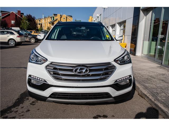2018 Hyundai Santa Fe Sport 2.4 Luxury (Stk: B81485) in Okotoks - Image 2 of 22