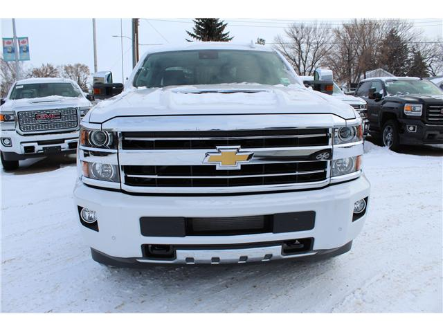 2019 Chevrolet Silverado 3500HD High Country (Stk: 199976) in Brooks - Image 2 of 19