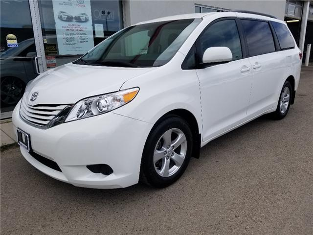 2017 Toyota Sienna LE 8 Passenger (Stk: U00981) in Guelph - Image 1 of 30