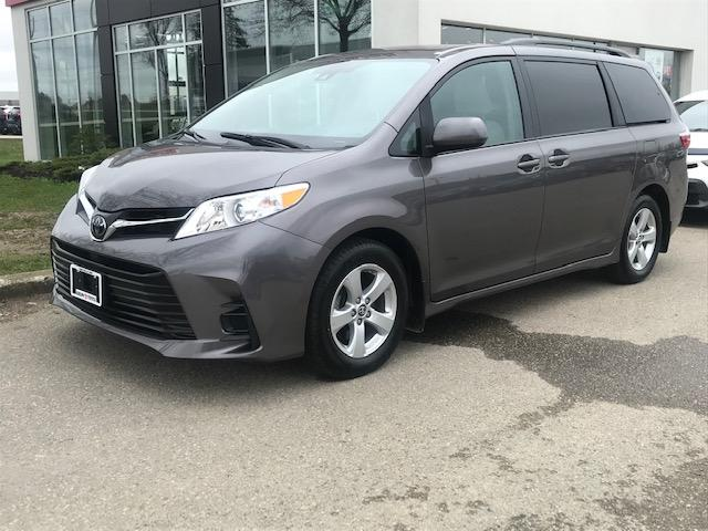 2019 Toyota Sienna LE 8-Passenger (Stk: U01294) in Guelph - Image 1 of 18