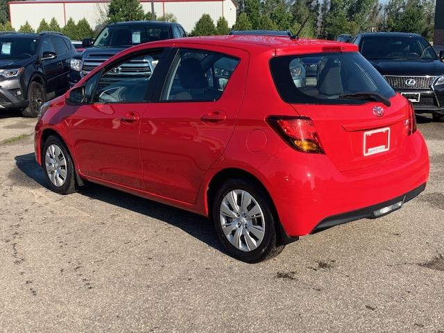 2015 Toyota Yaris LE (Stk: U01431) in Guelph - Image 4 of 17