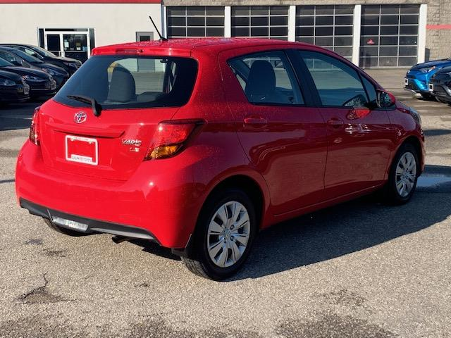 2015 Toyota Yaris LE (Stk: U01431) in Guelph - Image 6 of 17