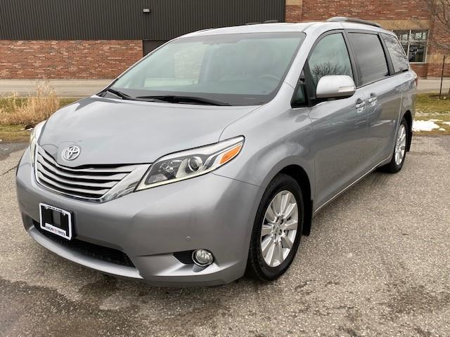2017 Toyota Sienna Limited 7-Passenger (Stk: U01604) in Guelph - Image 1 of 30
