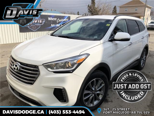 2019 Hyundai Santa Fe XL Preferred KM8SNDHF4KU296836 14668 in Fort Macleod