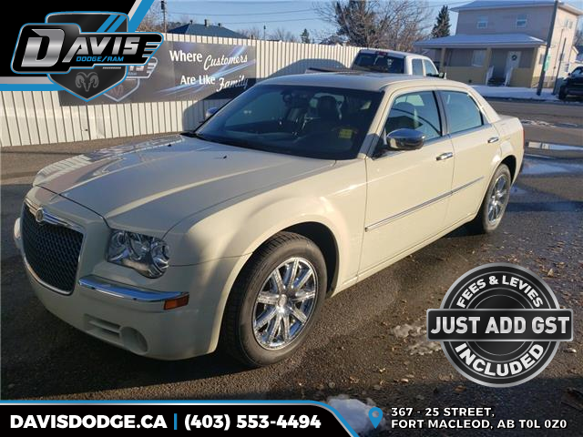2010 Chrysler 300 Limited (Stk: 16280) in Fort Macleod - Image 1 of 17