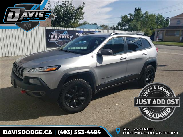 2016 Jeep Cherokee Trailhawk (Stk: 17697) in Fort Macleod - Image 1 of 21