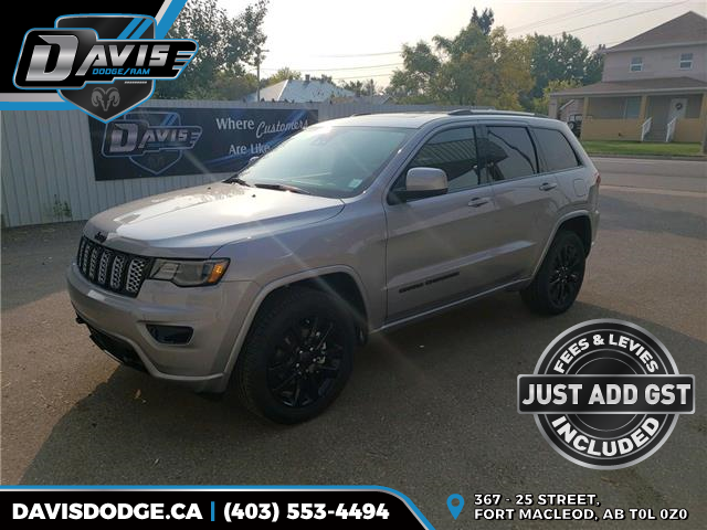 2020 Jeep Grand Cherokee Laredo (Stk: 17819) in Fort Macleod - Image 1 of 22