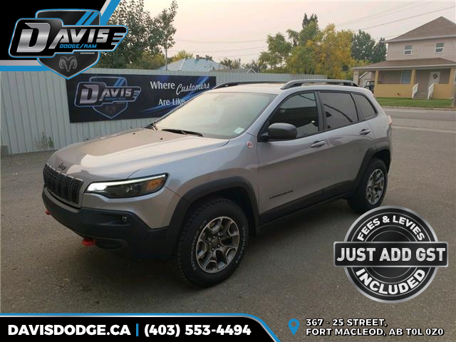 2020 Jeep Cherokee Trailhawk (Stk: 17858) in Fort Macleod - Image 1 of 22