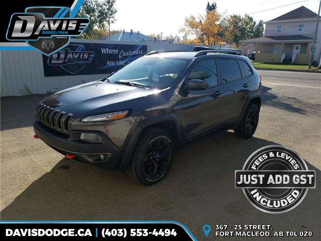 2017 Jeep Cherokee Trailhawk (Stk: 9681) in Fort Macleod - Image 1 of 22
