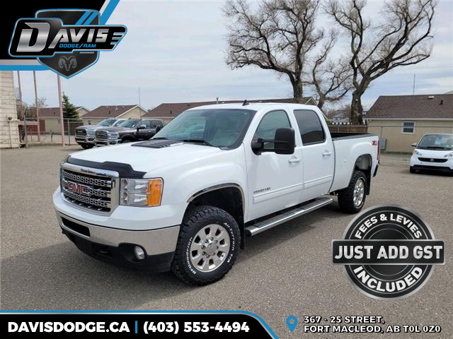 2012 GMC Sierra 2500HD SLT (Stk: 18820) in Fort Macleod - Image 1 of 17