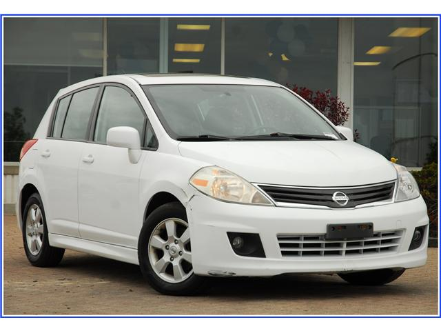 2011 Nissan Versa 1.8SL (Stk: 8R11470AX) in Kitchener - Image 1 of 14