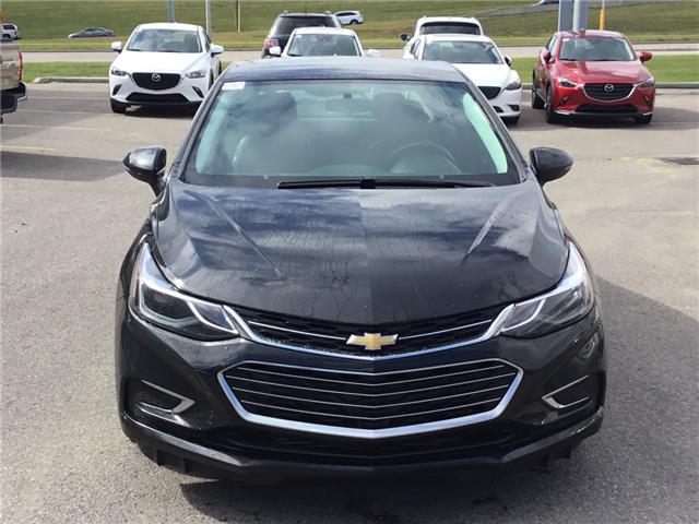 2018 Chevrolet Cruze Premier Auto (Stk: K7904) in Calgary - Image 2 of 21