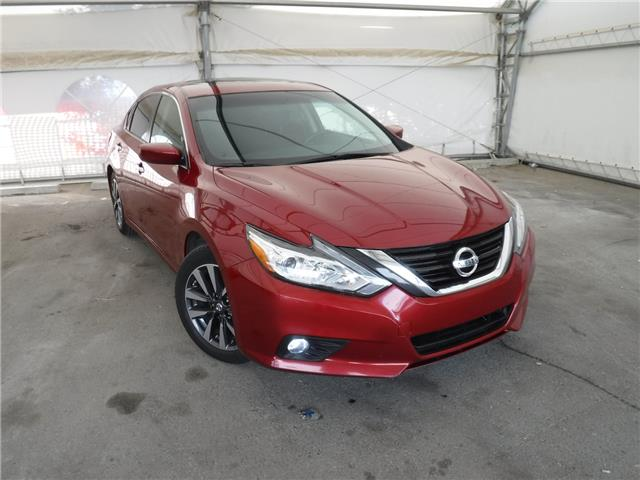 2017 Nissan Altima 2.5 SV (Stk: ST1812) in Calgary - Image 1 of 20
