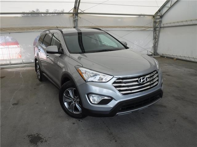 2015 Hyundai Santa Fe XL Premium (Stk: ST1810) in Calgary - Image 1 of 28