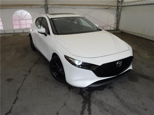 2019 Mazda Mazda3 Sport GT (Stk: ST1831) in Calgary - Image 1 of 29