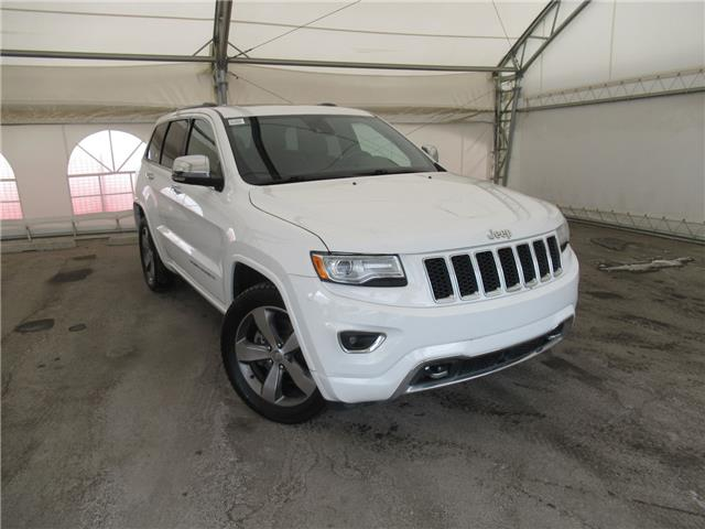 2015 Jeep Grand Cherokee Overland (Stk: ST1923) in Calgary - Image 1 of 28