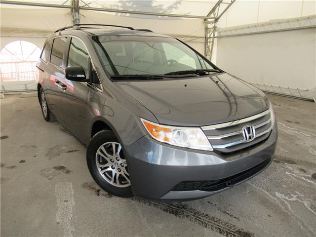2011 Honda Odyssey EX (Stk: ST1932) in Calgary - Image 1 of 26