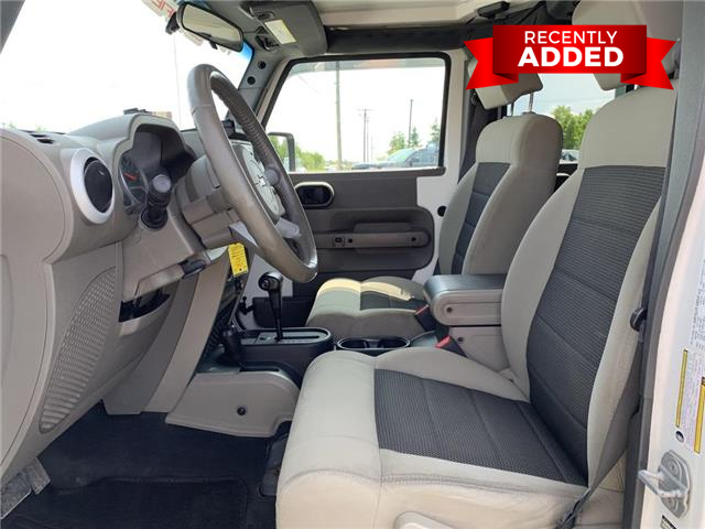 2010 Jeep Wrangler Unlimited  (Stk: A2948) in Miramichi - Image 25 of 30