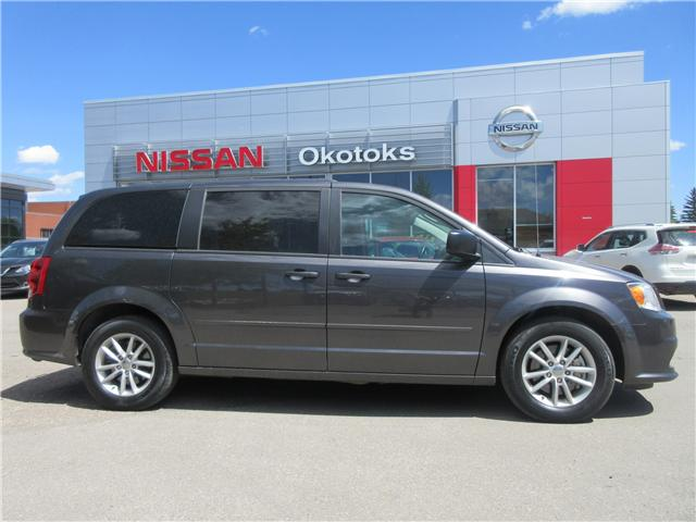 2016 Dodge Grand Caravan SE/SXT (Stk: 9038) in Okotoks - Image 1 of 10