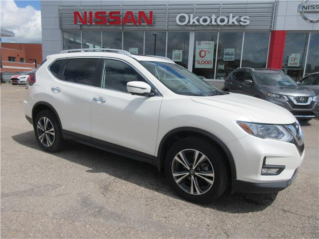 2019 Nissan Rogue SV (Stk: 9104) in Okotoks - Image 1 of 26