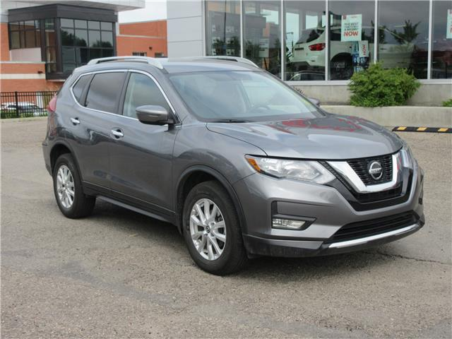 2018 Nissan Rogue SV (Stk: 9422) in Okotoks - Image 1 of 25