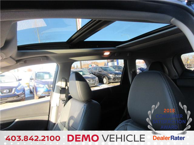 2018 Nissan Rogue SL w/ProPILOT Assist (Stk: 7664) in Okotoks - Image 12 of 26