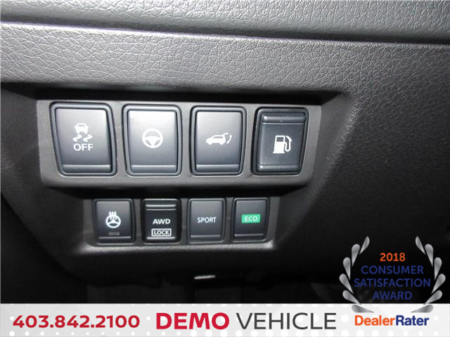 2018 Nissan Rogue SL w/ProPILOT Assist (Stk: 7664) in Okotoks - Image 11 of 26