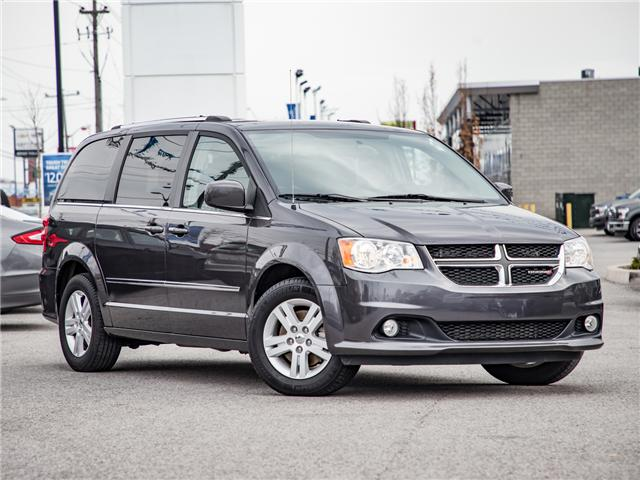 2017 Dodge Grand Caravan Crew (Stk: 18FC1464T) in  - Image 1 of 23