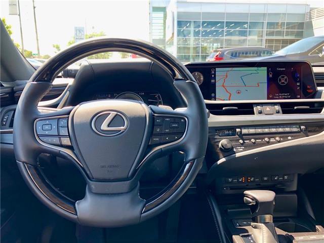 2019 Lexus ES 300h Base (Stk: 39939) in Brampton - Image 17 of 19