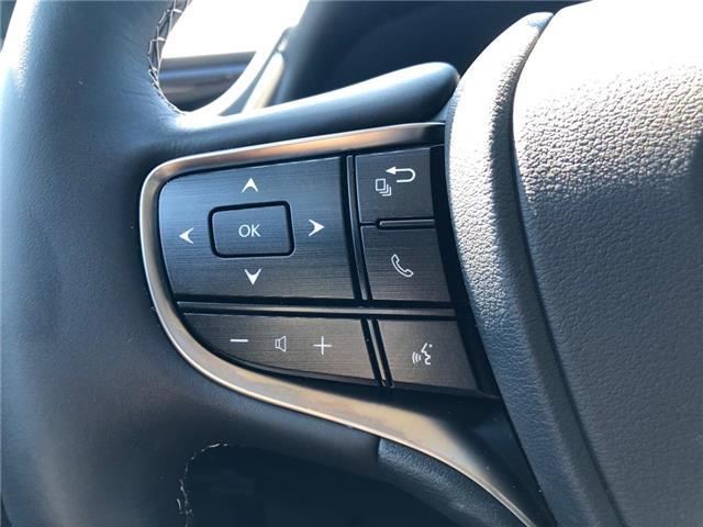 2019 Lexus ES 300h Base (Stk: 39939) in Brampton - Image 11 of 19