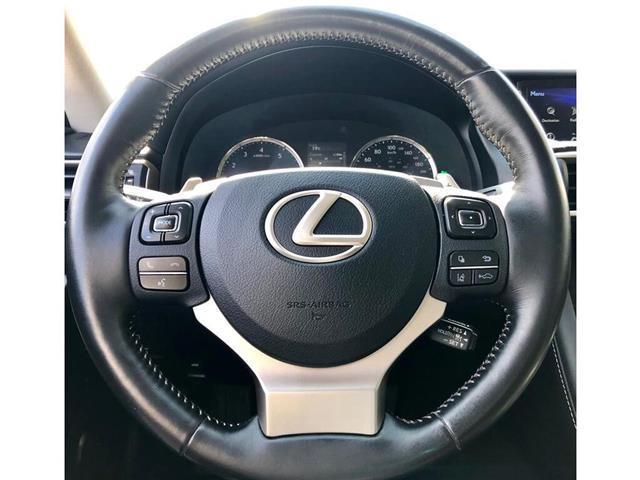 2017 Lexus IS 300 Base (Stk: 021502T) in Brampton - Image 10 of 22