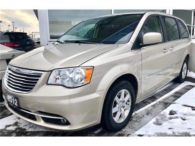 2012 Chrysler Town & Country Touring (Stk: 422798T) in Brampton - Image 1 of 5