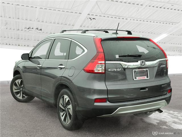 2016 Honda CR-V Touring (Stk: U5037) in Waterloo - Image 4 of 28