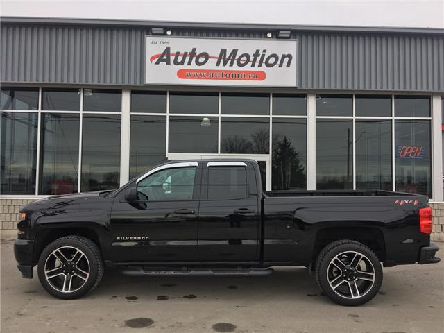 2018 Chevrolet Silverado 1500 Silverado Custom (Stk: 19235) in Chatham - Image 2 of 18