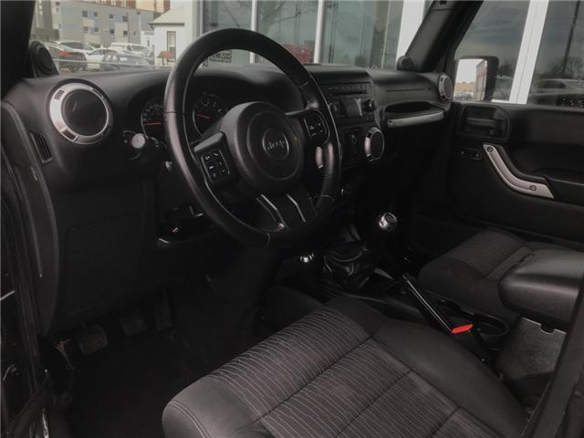 2011 Jeep Wrangler Unlimited Sahara (Stk: 19239) in Chatham - Image 9 of 19