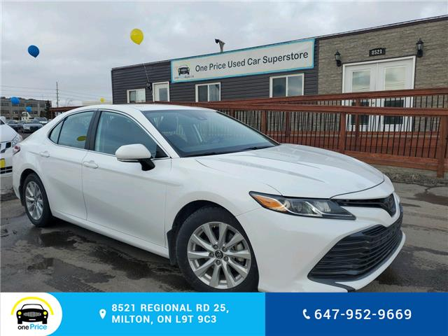 2019 Toyota Camry LE (Stk: 10499) in Milton - Image 1 of 21