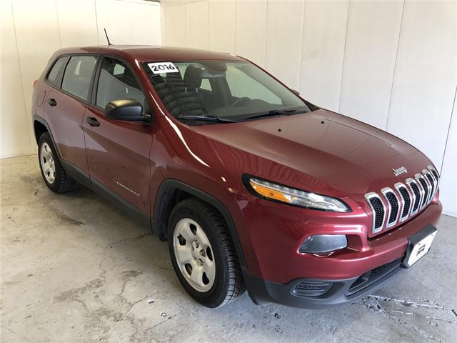 2016 Jeep Cherokee Sport (Stk: 332198) in Milton - Image 1 of 28