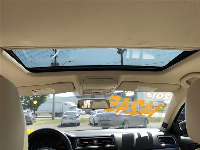 2014 Volkswagen Jetta 2.0 TDI Highline (Stk: 435031) in Milton - Image 17 of 17