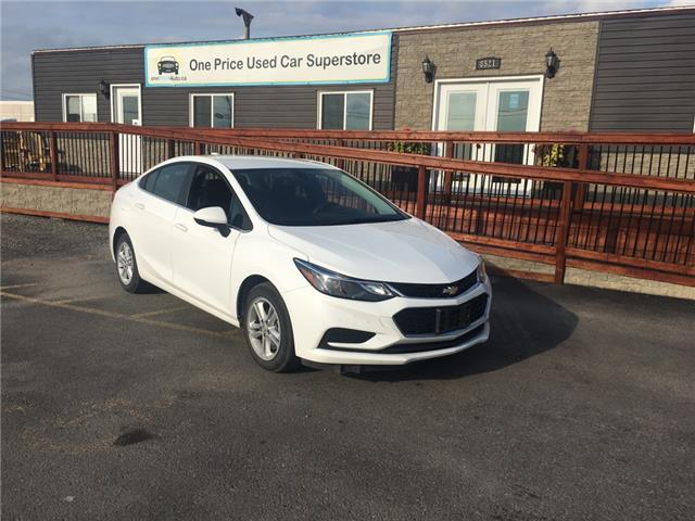 2018 Chevrolet Cruze LT Auto (Stk: 197117) in Milton - Image 1 of 12