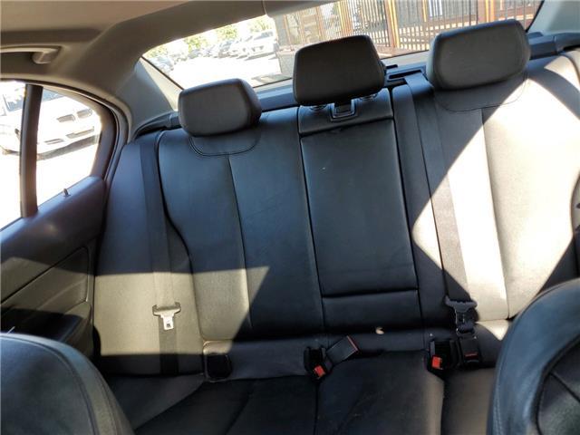 2015 BMW 320i xDrive (Stk: S73132) in Milton - Image 17 of 19