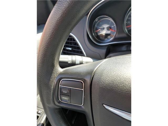 2012 Chrysler 200 LX (Stk: 282849) in Milton - Image 14 of 22