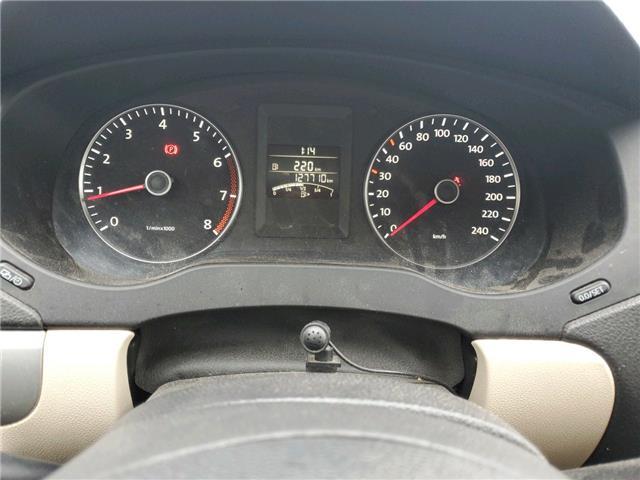 2013 Volkswagen Jetta 2.5L Sportline (Stk: 374708) in Milton - Image 2 of 2