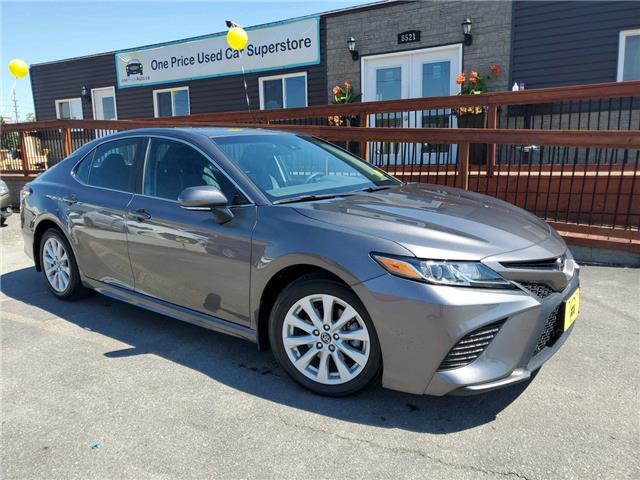2018 Toyota Camry SE (Stk: 10660) in Milton - Image 1 of 22