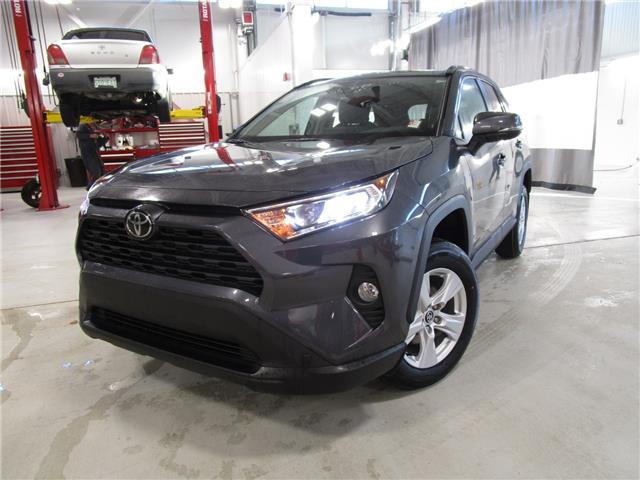 2019 Toyota RAV4 XLE (Stk: 199239) in Moose Jaw - Image 1 of 33