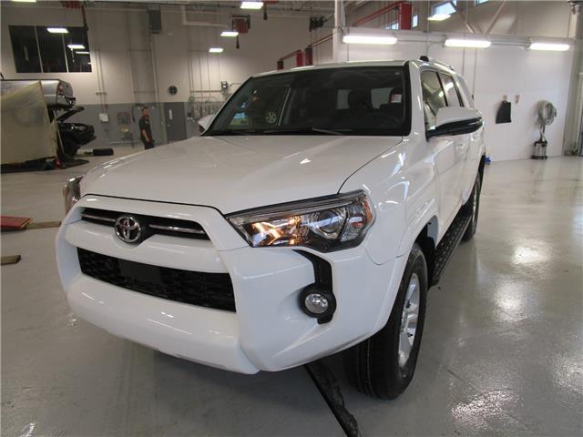 2020 Toyota 4Runner Base (Stk: 209093) in Moose Jaw - Image 1 of 31