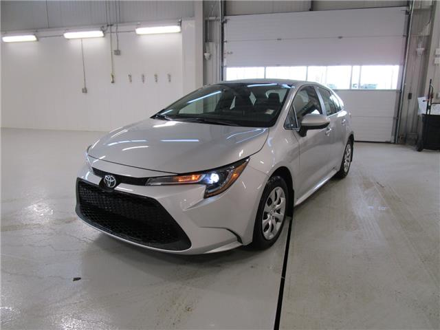 2020 Toyota Corolla LE (Stk: 208061) in Moose Jaw - Image 1 of 31