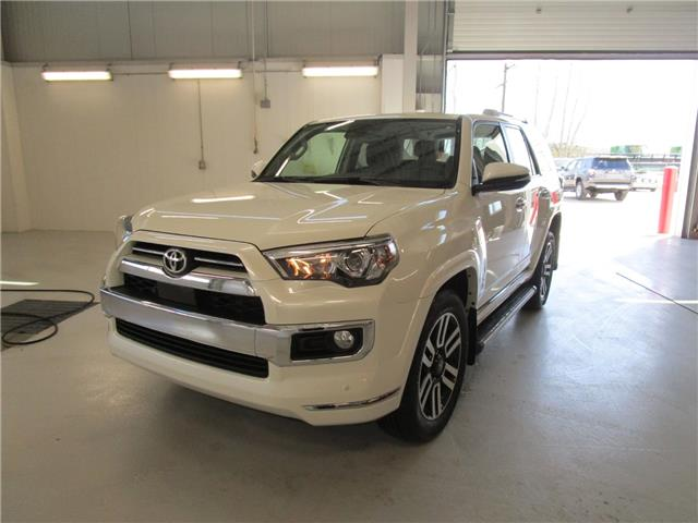 2020 Toyota 4Runner Base (Stk: 209134) in Moose Jaw - Image 1 of 35
