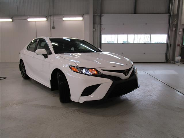 2020 Toyota Camry SE (Stk: 208064) in Moose Jaw - Image 1 of 30