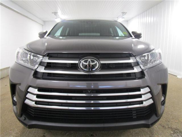 2019 Toyota Highlander Limited (Stk: 193222) in Regina - Image 2 of 24