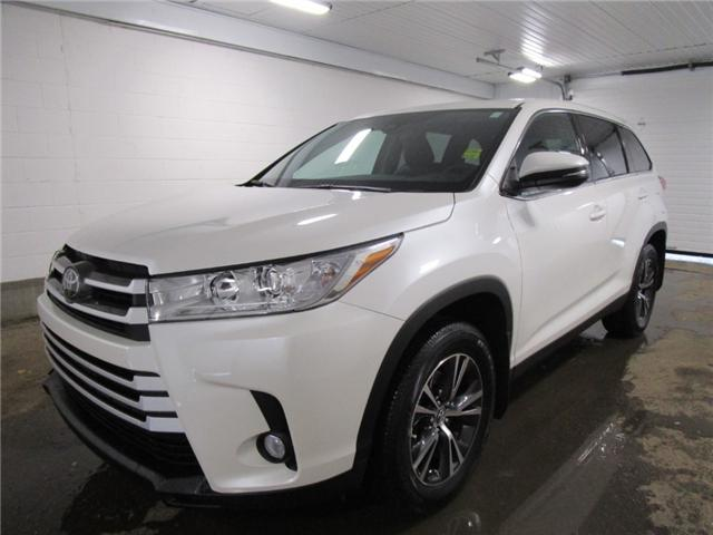 2019 Toyota Highlander LE AWD Convenience Package (Stk: 193338) in Regina - Image 1 of 32